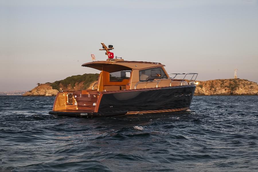 снять яхту в Анапе